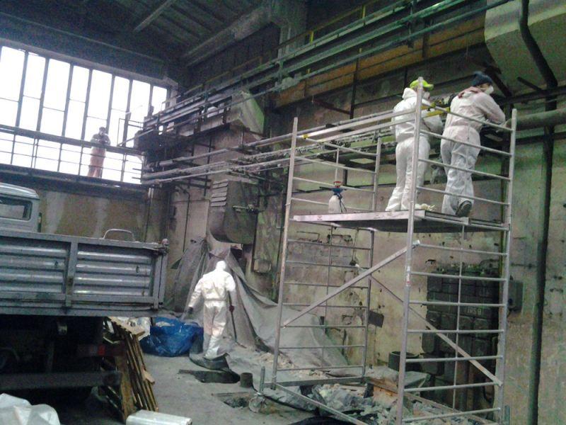 Galeria Demontaż otuliny azbestowej z rur Wrocław